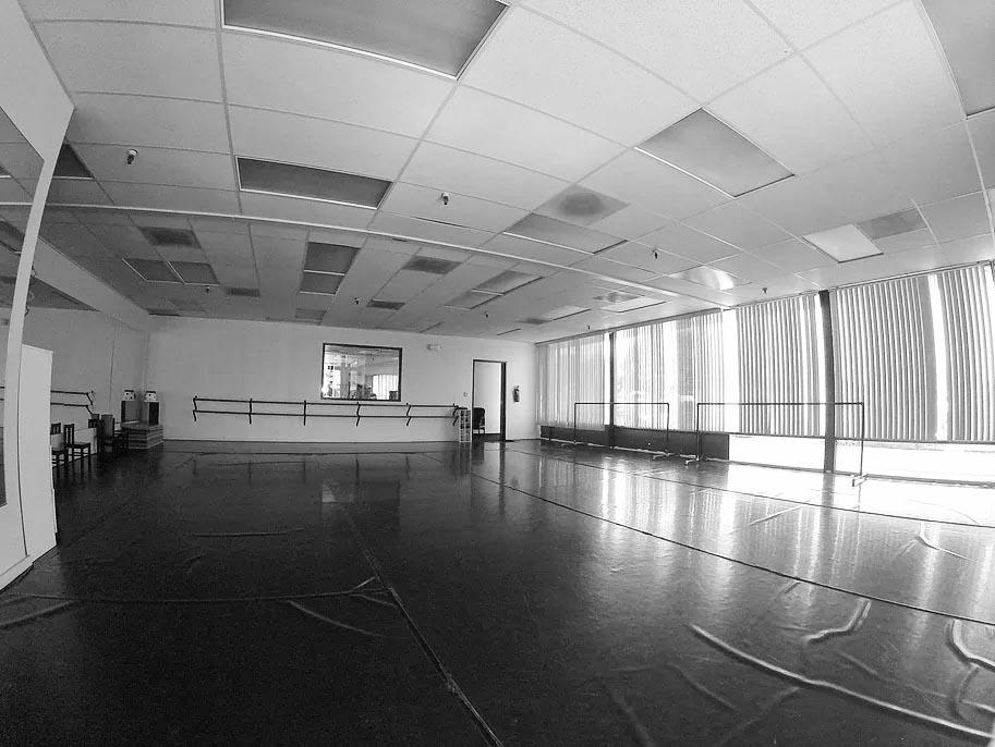 Studio C (1100 SQ. FT.)