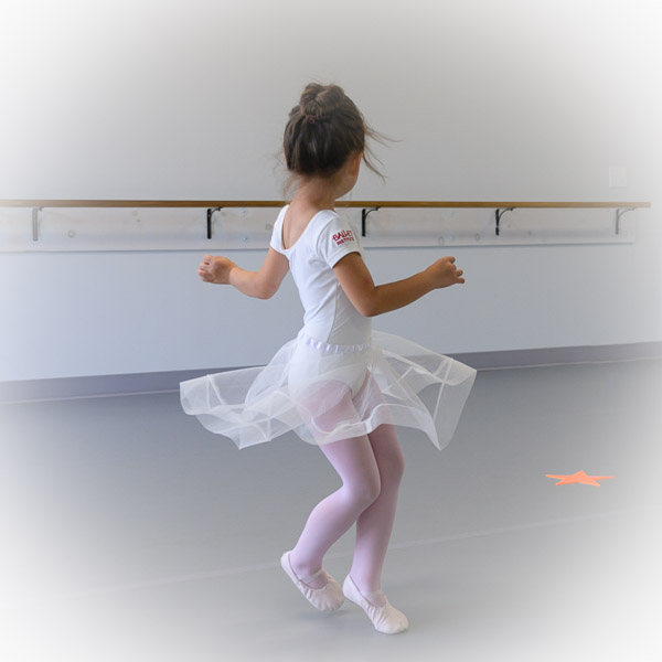 Play at Ballet & Stretching. Age 5-7